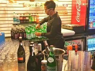 Bottoms-up-bartending011